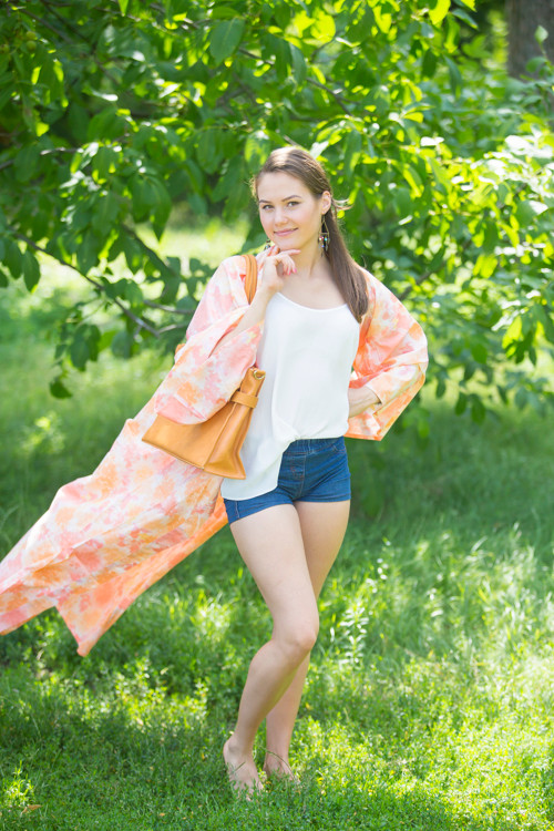 """Boho-Chic"" Kimono jacket in Ombre Fading Leaves pattern"
