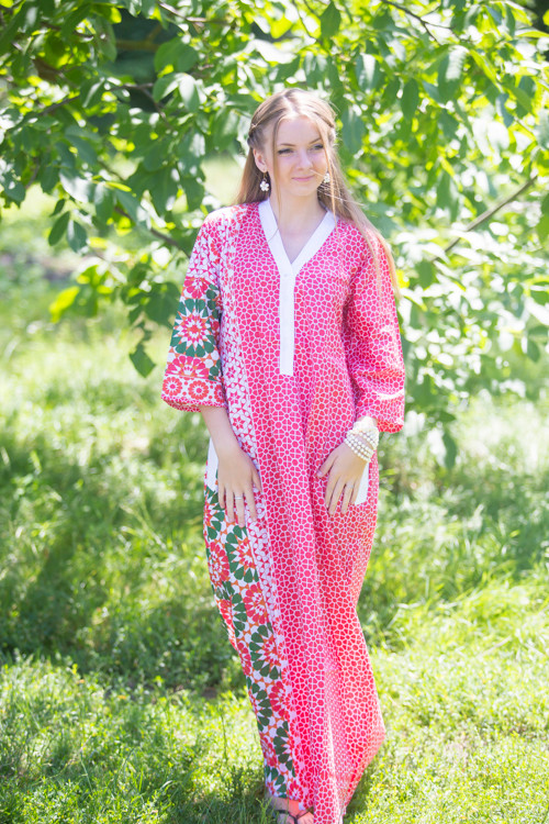 """Simply Elegant"" kaftan in Round and Round pattern"