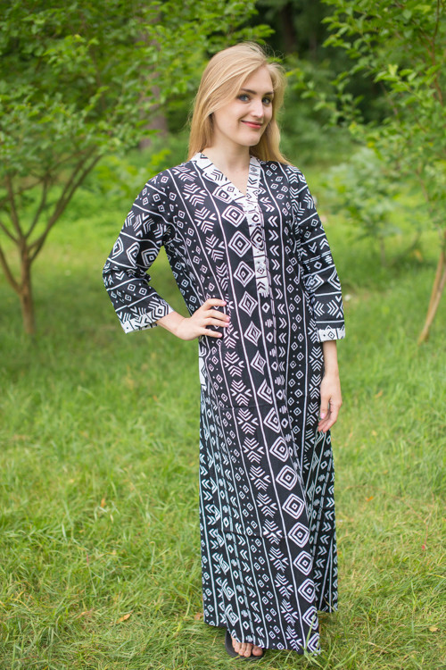 """Simply Elegant"" kaftan in Tribal Aztec pattern"