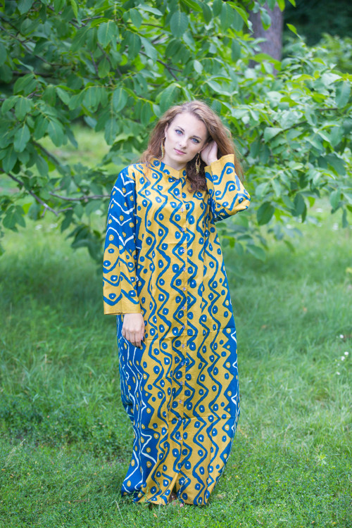 """Charming Collars"" kaftan in Chevron Dots pattern"