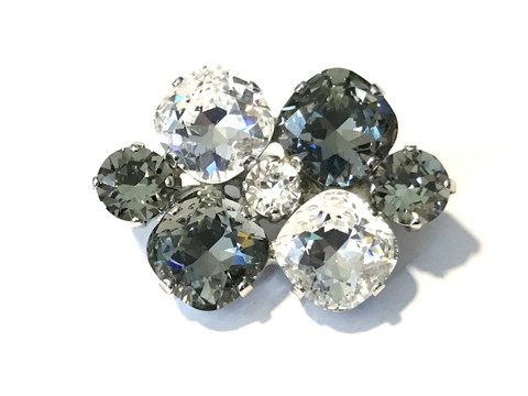 "Black Diamond Half Halts Dressage Brooch / Stock Pin | ""Short Arena"" by Beasties™"