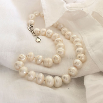 Ocean Beauty  Pearl Necklace