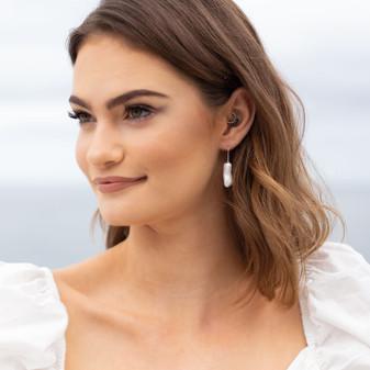Beach Vibe Biwa Pearl Thread Earrings