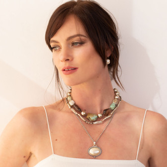 Earth Queen Pearl Necklace