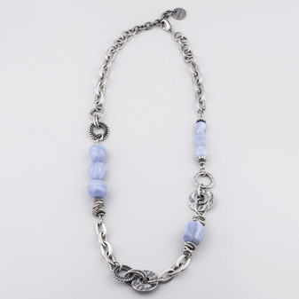 Mixed chain and textured link burnished silver necklace adorned with blue lace agate semi-precious stones - 69 cm plus extender