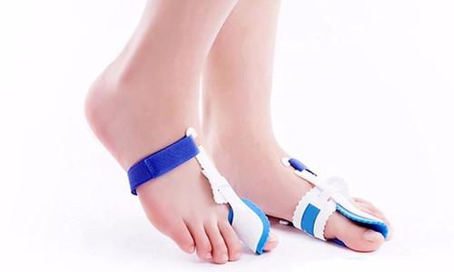 Orthopaedic Foot Bunion Correctors