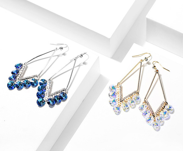 Diamond Shape Earings with Swarovski Elements