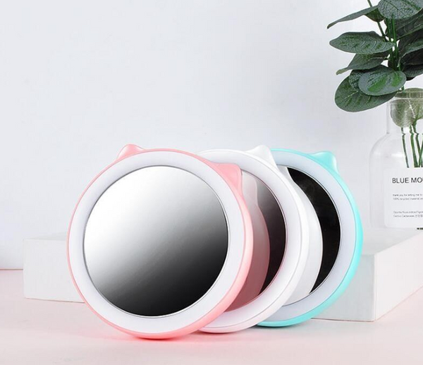 Ella LED mirror and charger