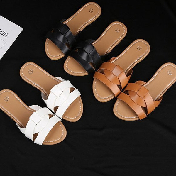 Large size flat beach Roman flat hollow female sandals