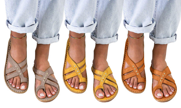 Toe loop Strappy sandals