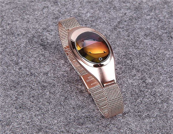 Women Smart Watch Z18 Lady Bracelet with Calories Blood Pressure/Heart Rate