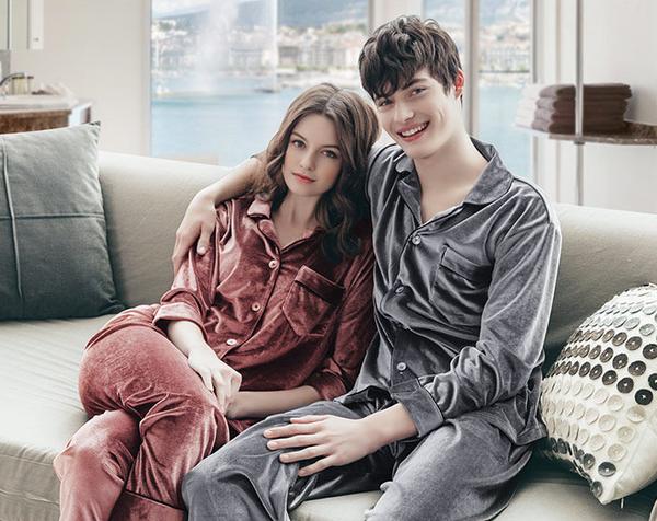Velvet Unisex Pajamas set 2pcs