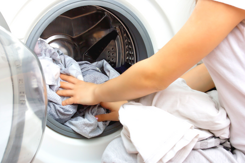 Top 4 Laundry Myths Unmasked