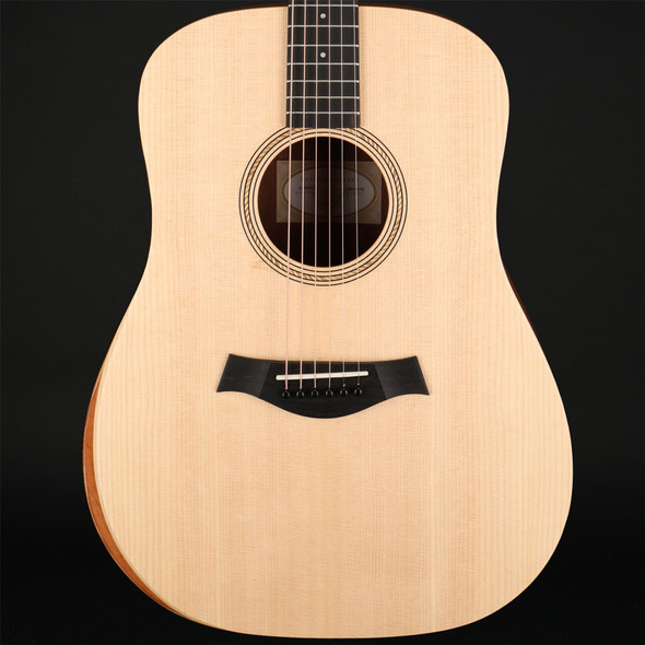 Taylor Academy 10 Dreadnought Acoustic with Gig Bag