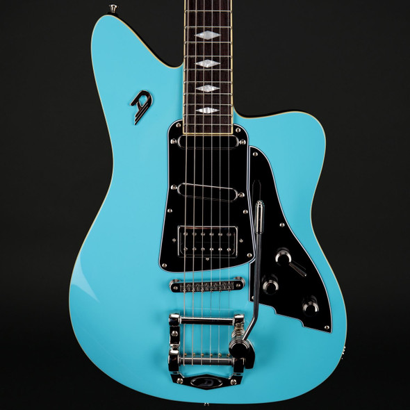Duesenberg Paloma in Narvik Blue with Case