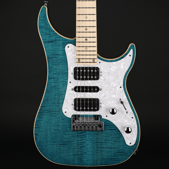 Vigier Excalibur Special in Deep Blue, Maple with Case #190023