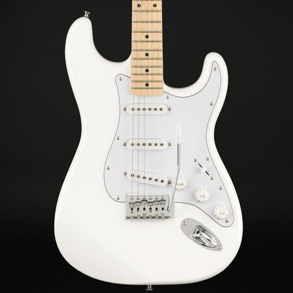 Squier FSR Affinity Series Stratocaster, Maple Fingerboard in Olympic White