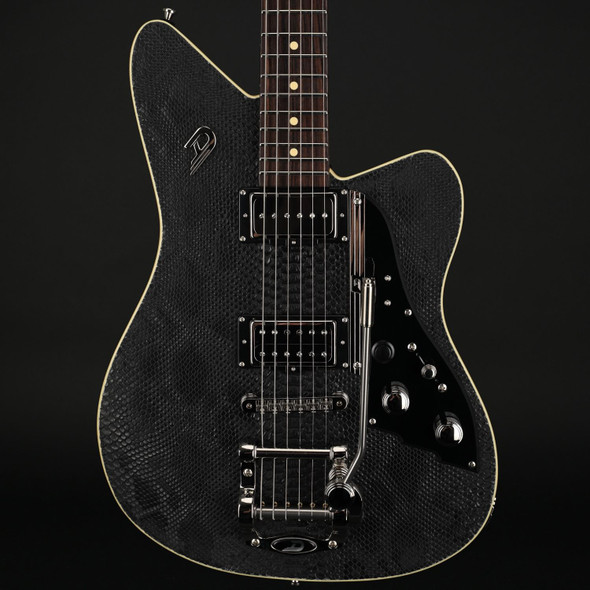 Duesenberg Alliance Series Sascha Paeth Snake Black with Case