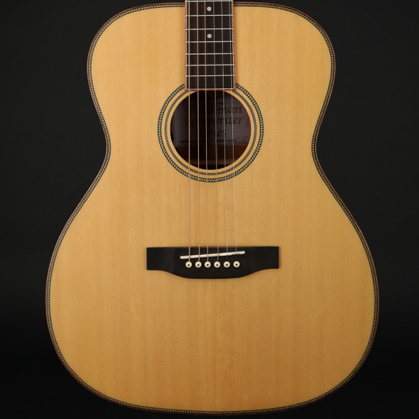 Freshman Songwriter OM All Solid Electro Acoustic in Natural with Hard Case - Pre-Owned