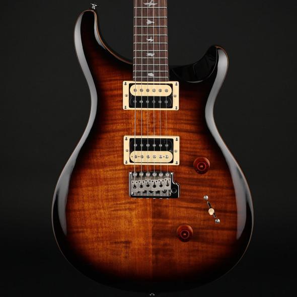 PRS SE Custom 24 in Black Gold Sunburst with Gig Bag #C46375