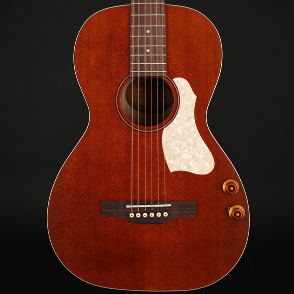 Art & Lutherie Roadhouse Parlor Q-Discrete Electro Acoustic Guitar in Havana Brown