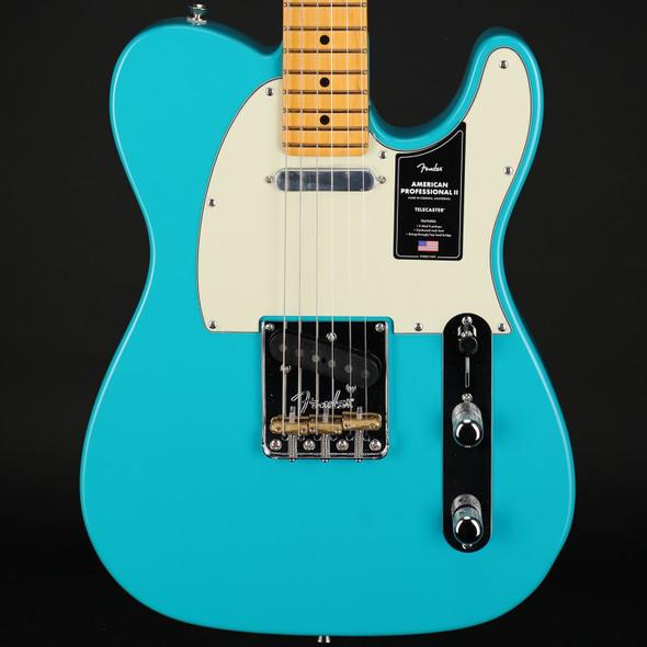 Fender American Professional II Telecaster, Maple Fingerboard in Miami Blue #US210010788