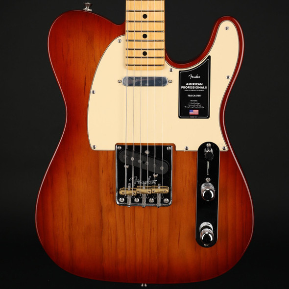 Fender American Professional II Telecaster, Maple Fingerboard in Sienna Sunburst #US210028108