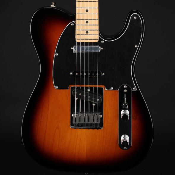Fender Deluxe Nashville Telecaster, Maple Fingerboard in 2-Color Sunburst #MX21025616