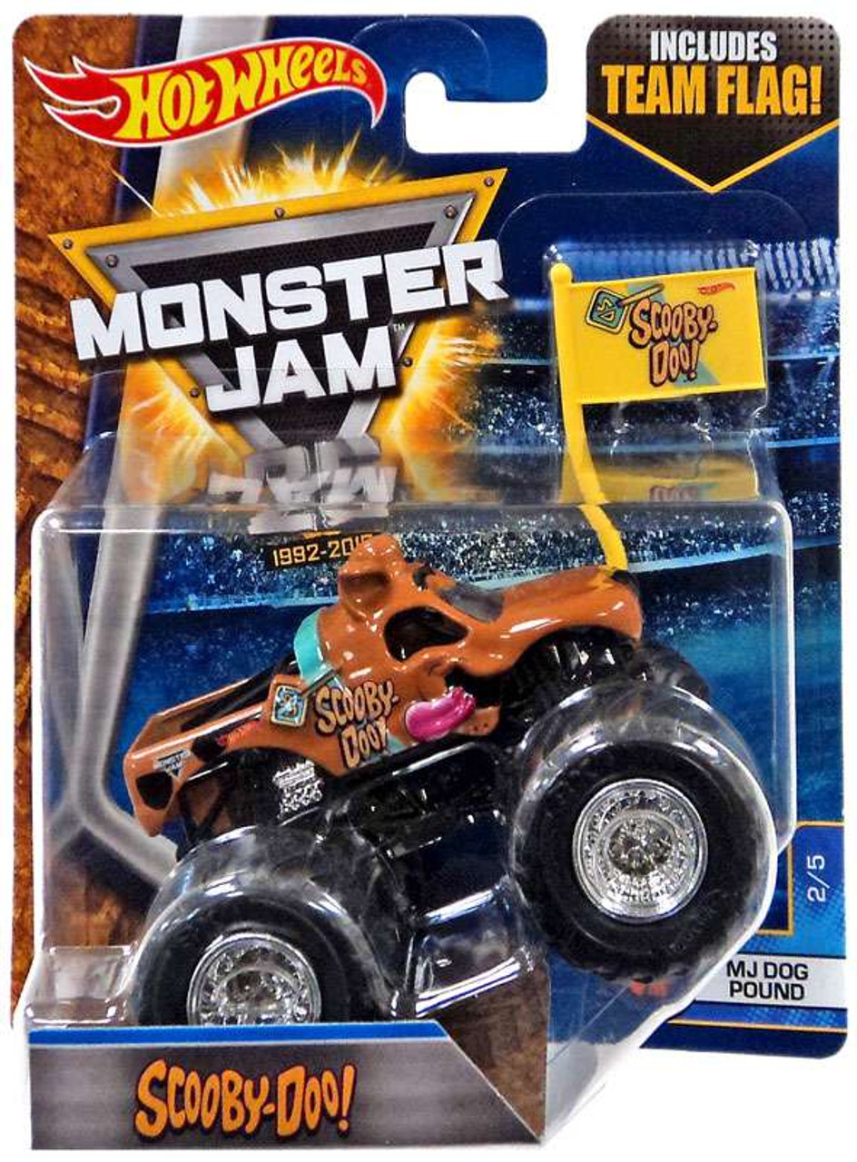 Monster Truck Dog >> Hot Wheels Monster Jam 25 Scooby Doo Die Cast Car 2 5 Mj Dog Pound Flag
