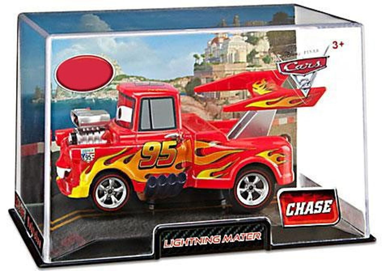 Disney Cars Cars 2 1:43 Collectors Case Red the Firetruck Exclusive Diecast Car
