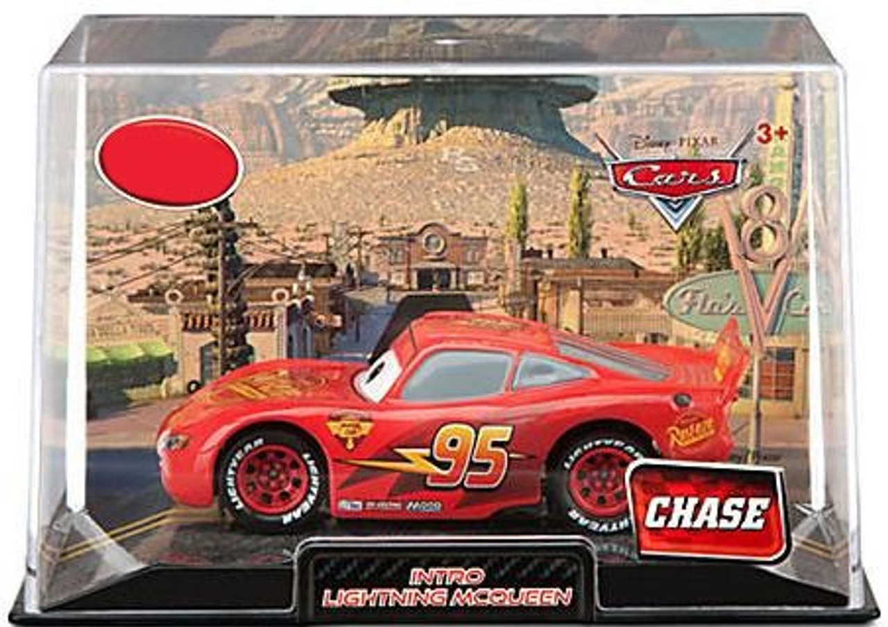 Disney Store Intro Lightning McQueen Chase 1:43 Die Cast New in Collectors case