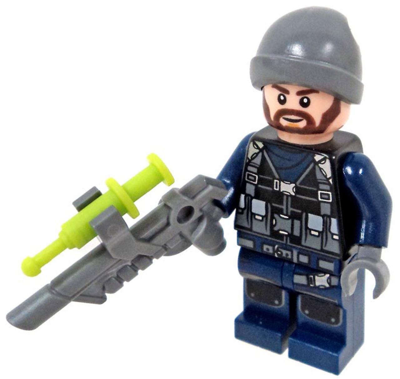 LEGO Jurassic World Fallen Kingdom Guard Minifigure [with Tranquilizer Gun  Loose]
