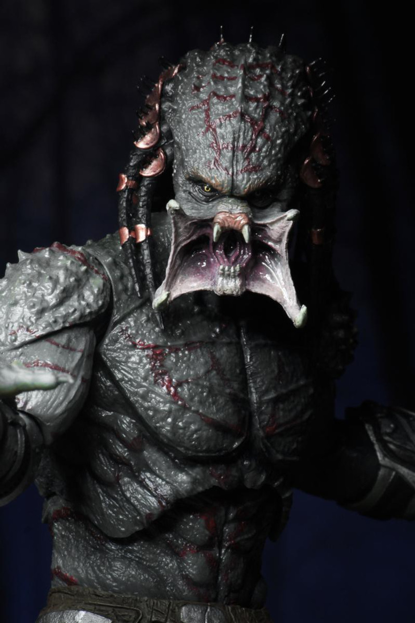 NECA 2018 Movie Armored Assassin Predator Deluxe Action Figure
