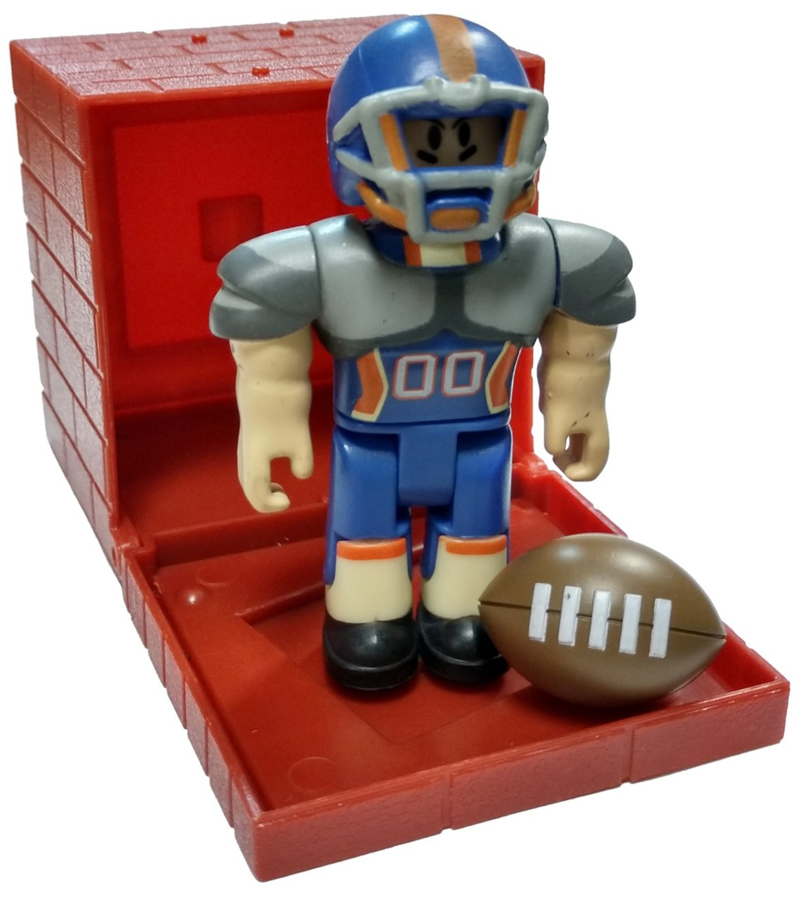 Playing Roblox High School Roblox Red Series 4 Roblox High School Quarterback 3 Mini Figure With Red Cube And Online Code Loose Jazwares Toywiz