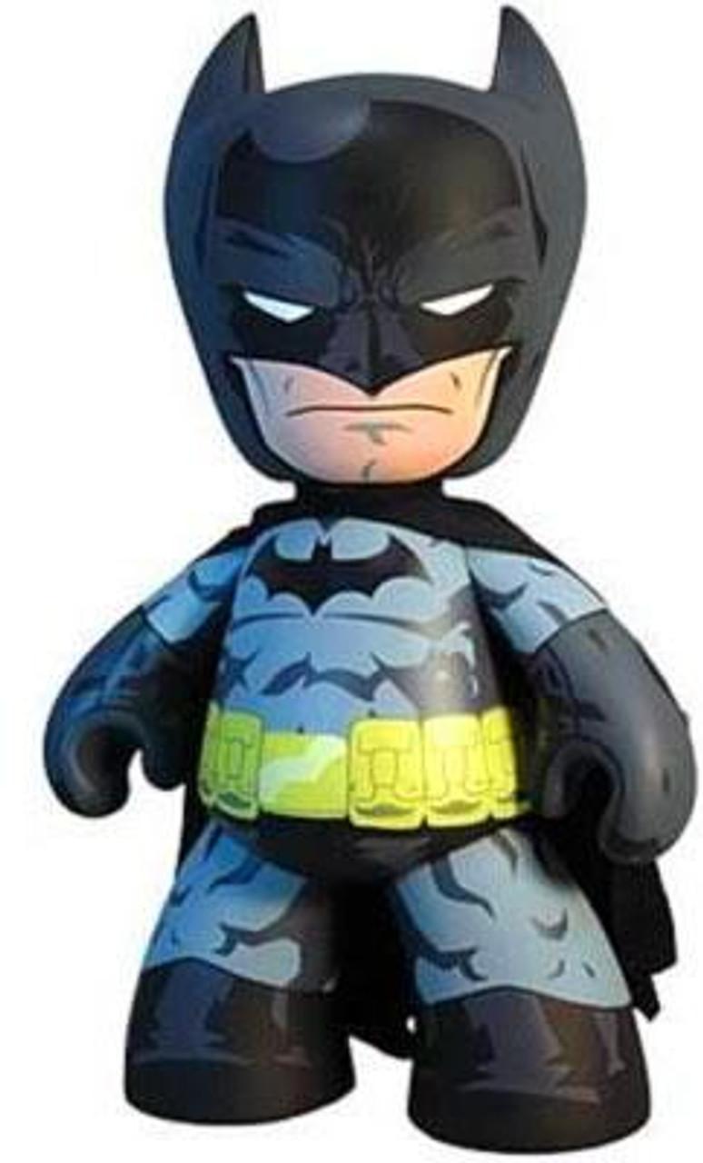 """BATMAN /& THE JOKER DC Universe Mezitz 2/"""" inch Mini Figures Mezco 2011"""