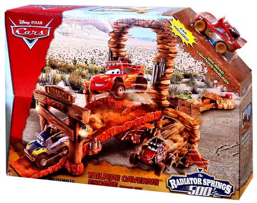 Disney / Pixar Cars Radiator Springs 500 1/2 Tailpipe Caverns Escape Playset