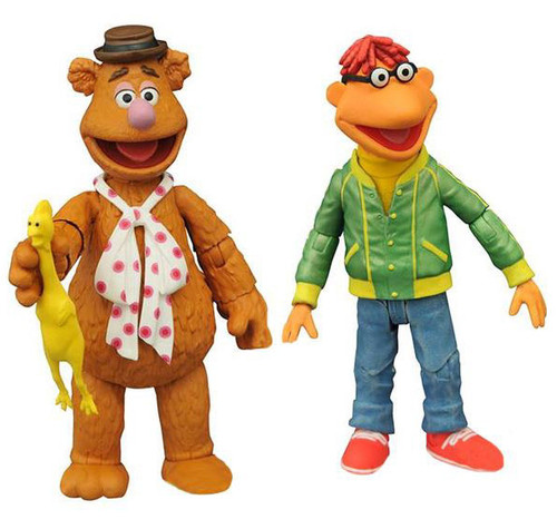 The Muppets Select Series 1 Fozzie Bear & Scooter Action Figure