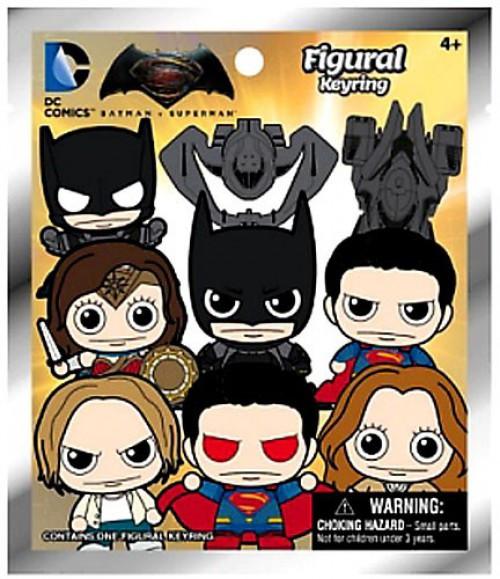 DC 3D Figural Keyring Batman vs. Superman Mystery Pack [1 RANDOM Figure]