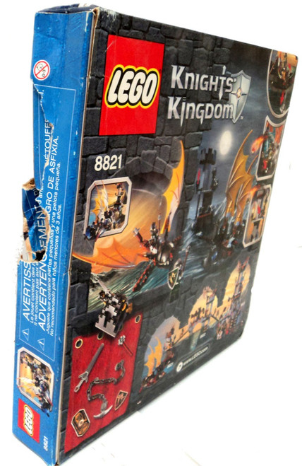 LEGO Knights Kingdom Rogue Knight Battleship Set #8821 [Damaged Package]