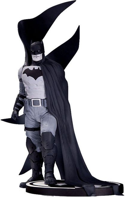 Black & White Batman Statue [Rafael Albuquerque]