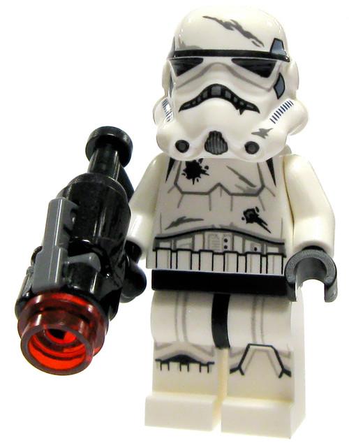LEGO Star Wars Battle Damaged Stormtrooper with Firing Blaster Minifigure [Loose]