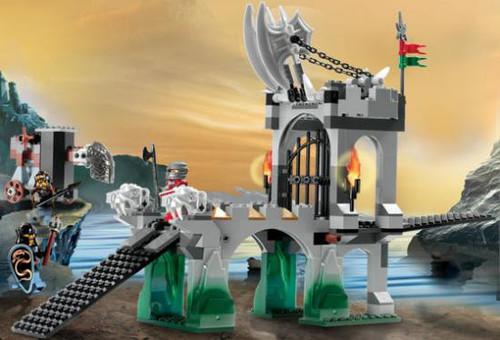 LEGO Knights Kingdom Gargoyle Bridge Set #8822