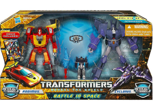 Transformers Reveal the Shield Battle in Space Deluxe Action Figure Set [Rodimus vs. Cyclonus]
