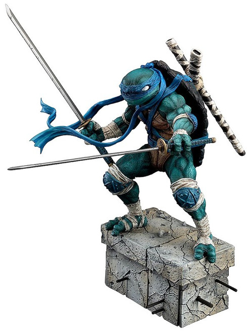 Teenage Mutant Ninja Turtles Leonardo PVC Statue