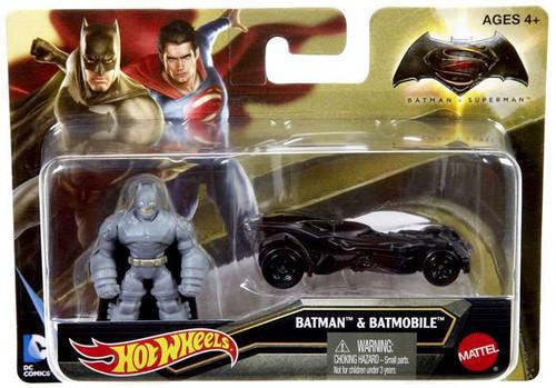 DC Batman v Superman: Dawn of Justice Batman & Batmobile Diecast Vehicle & Figure
