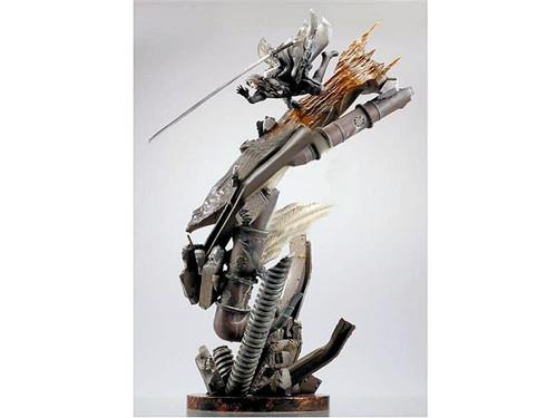 Final Fantasy VII: Advent Children Sephiroth Statue