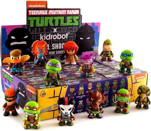 Teenage Mutant Ninja Turtles Shell Shock Mini Figure 3-Inch Mystery Box [20 Packs]