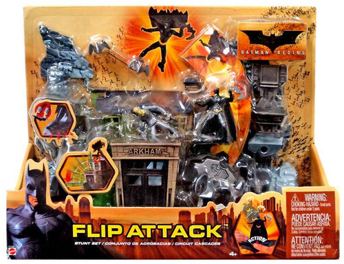 Batman Begins Flip Attack Playset