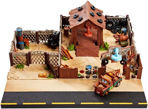 Disney / Pixar Cars Precision Series Tow Mater Towing & Salvage Playset [Damaged Package]