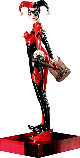 DC ArtFX+ Harley Quinn Statue